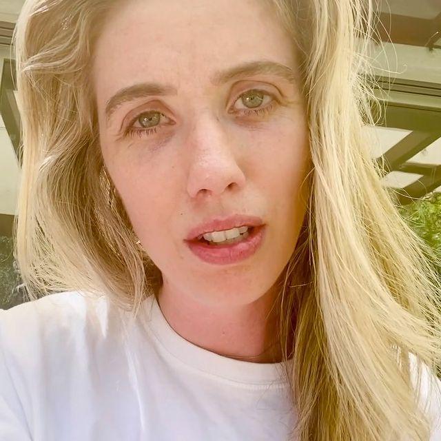 Laura-Clery-bio
