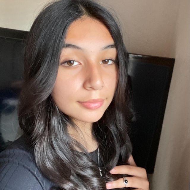 Emily-Villegas-height