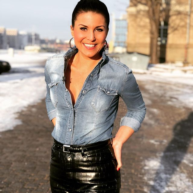 Vanessa-Blumhagen-age
