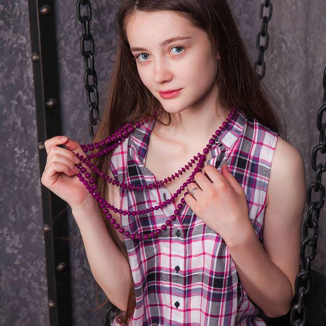 Anna-Vlasova-bio