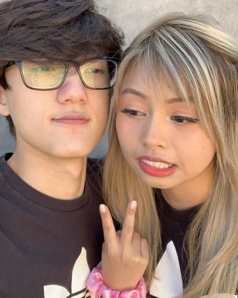iiTzTimmy-with-his-girlfriend