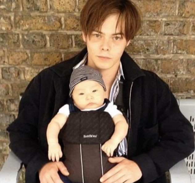 Archie-Heaton-with-his-son-image